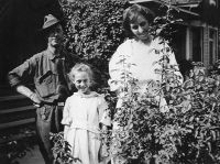 Ed and Eva Penrose and their daughter Dorothy.