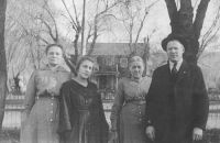 Margaret Adamson with son Ephraim, Sister Hilma and her daughter Marteal